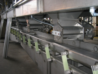 Metering units and collection conveyor